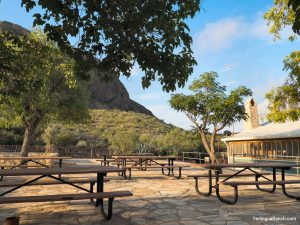 Terlingua Cabins Picnic Tables